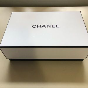 Authentic CHANEL Empty gift box::Set of 4